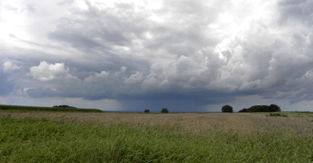 naderend onweer